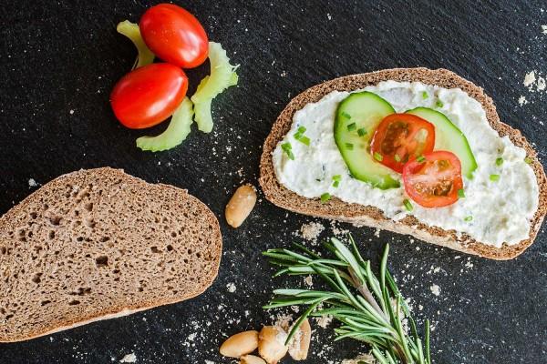 LowCarb* Brotbackmischung - Erdnussbrot